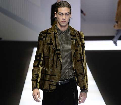 mens-shirt-trends-latest-basic-menswear-essentials-emporio-armani