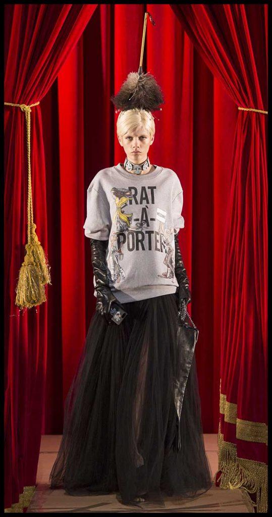 moschino-fw17-rtw-fall-winter-2017-dress-collection (3)-black-sheer-skirt-tee