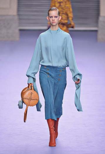 mulberry-fw17-rtw-fall-winter-2017-18-collection-27-blue-skirt-double-bag