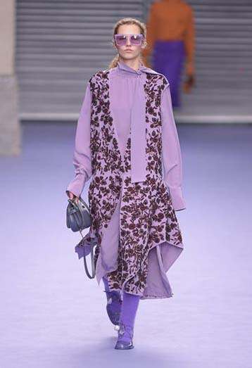 mulberry-fw17-rtw-fall-winter-2017-18-collection-31-lavender-floral-dress