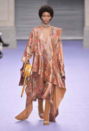 mulberry-fw17-rtw-fall-winter-2017-18-collection-38-floral-assymetrical-outfit