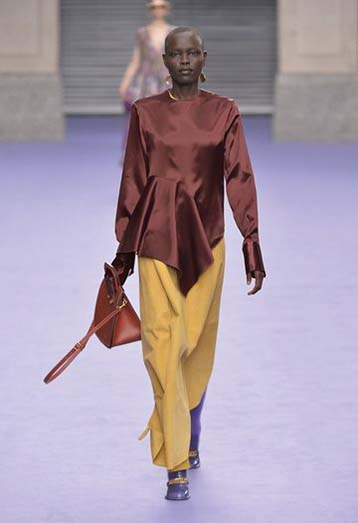 mulberry-fw17-rtw-fall-winter-2017-18-collection-39-brown-satin-top