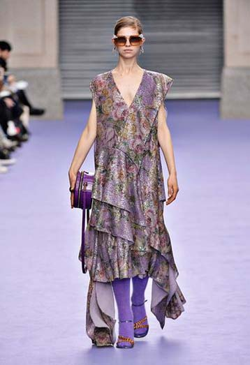 mulberry-fw17-rtw-fall-winter-2017-18-collection-40-purple-floral-dress
