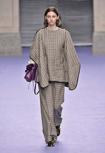 mulberry-fw17-rtw-fall-winter-2017-18-collection-7-checks-poncho