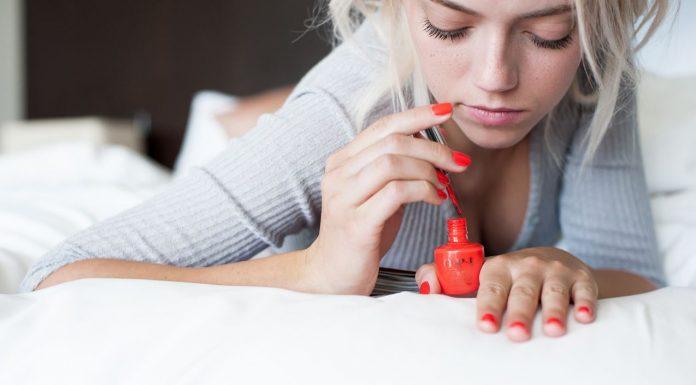 nail-trends-spring-summer-2017-collection-ss17-brands-opi-dior-nailpolish-colors