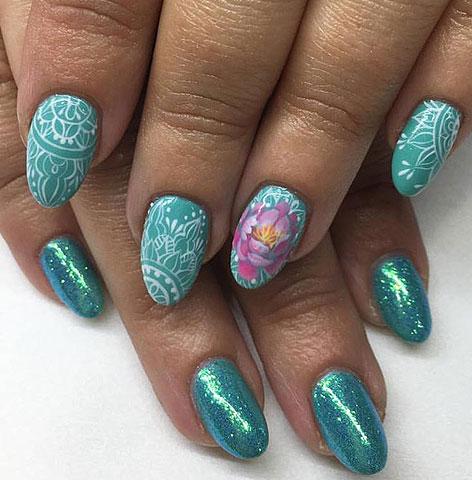 nails-mag-green-shimmery-nail-art-latest-designs-ideas-2017