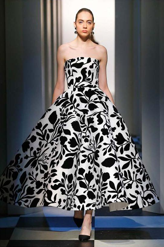 oscar-de-la-renta-fall-winter-2017-fw17-collection-34-beautiful-gown-big-prints
