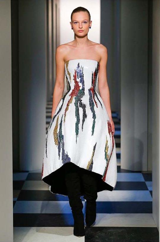 oscar-de-la-renta-fall-winter-2017-fw17-collection-6-white-gown-multicolor-details