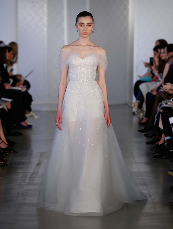 oscar-de-la-renta-spring-2017-s17-bridal-collection- (1)-shoulders-sheer