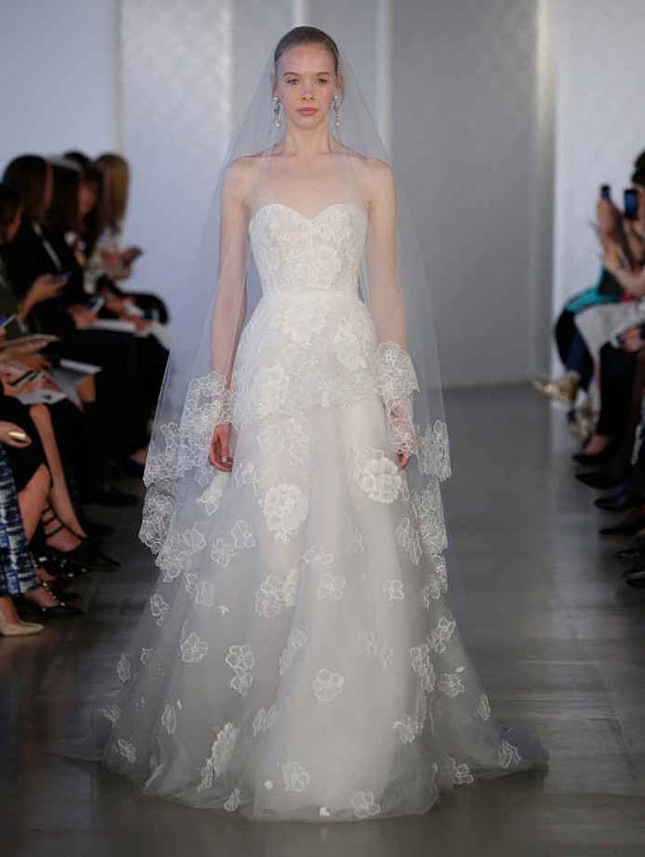oscar-de-la-renta-spring-2017-s17-bridal-collection- (2)-sheer-cape-poofy