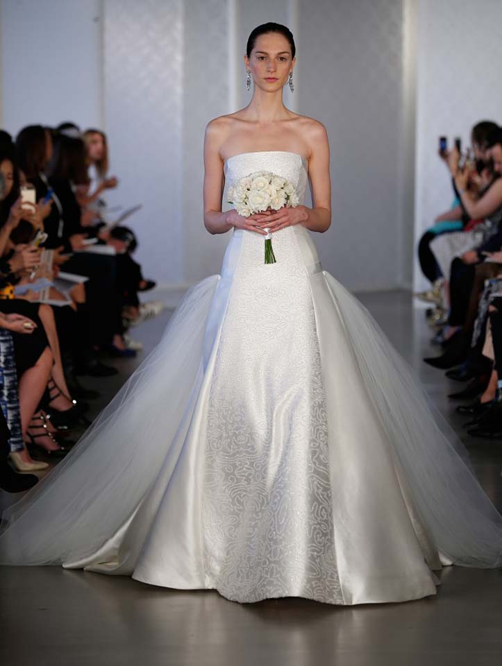 oscar-de-la-renta-spring-2017-s17-bridal-collection- (8)-long-trail-sheer