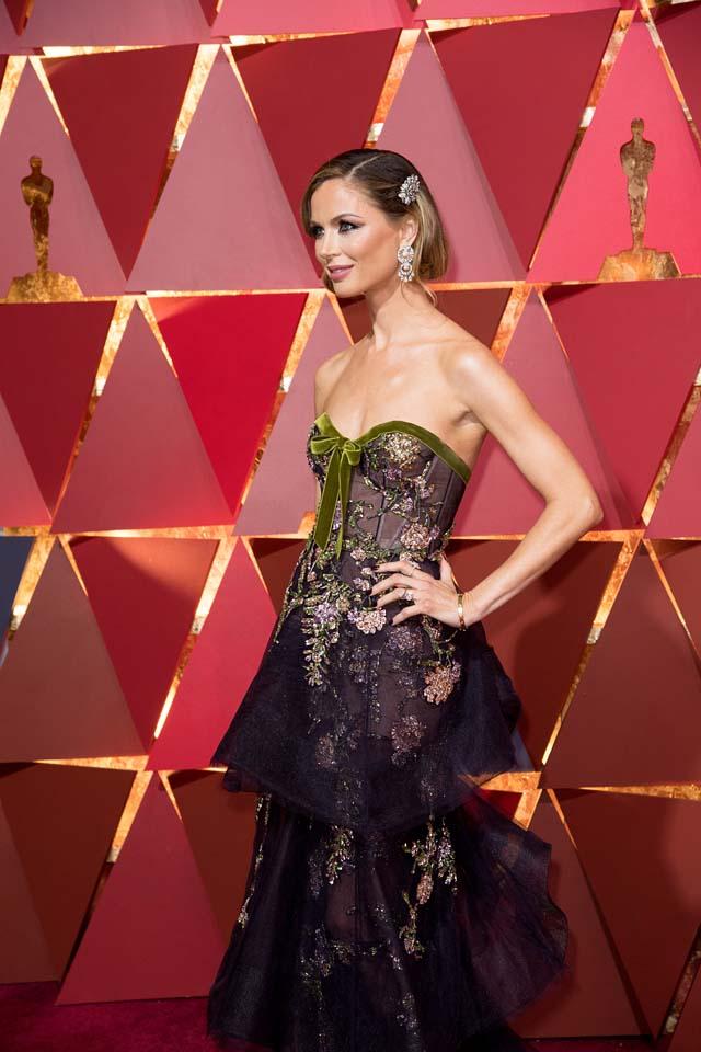 Celebrity red carpet dress copies on carson