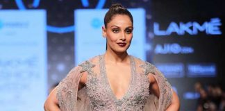plunging-neckline-bipasha-basu-falguni-shane-peacock-lakme-fashion-week-summer-resort-2017-collection