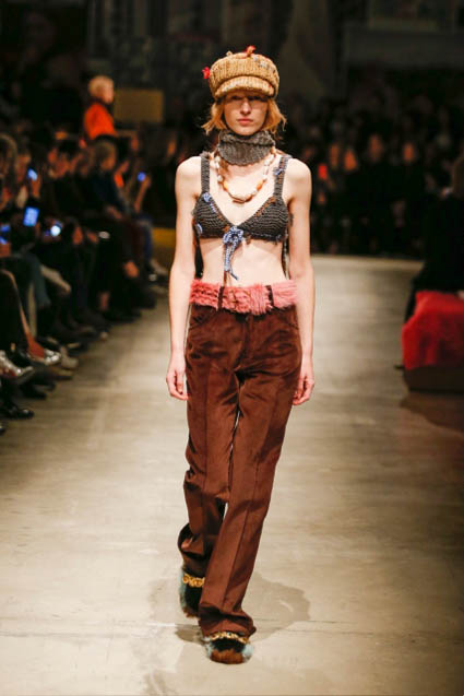 prada-fw17-rtw-fall-winter-2017-18-womenswear-collection (2)-wool-bra-cap