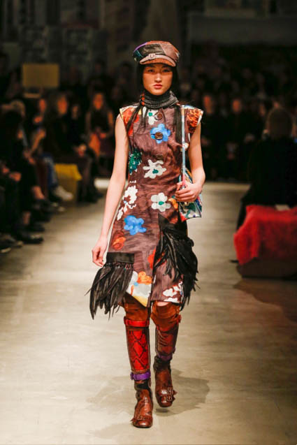 prada-fw17-rtw-fall-winter-2017-18-womenswear-collection (29)-floral-printed dress
