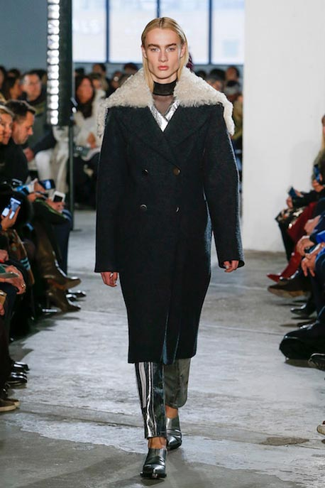 proenza-schouler-fw17-rtw-fall-winter-2017-18-collection (12)-blue-coat-fur