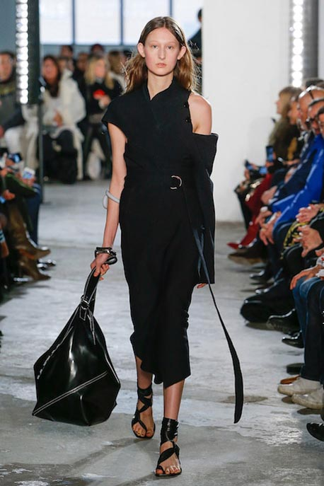 proenza-schouler-fw17-rtw-fall-winter-2017-18-collection (7)-dress-bags