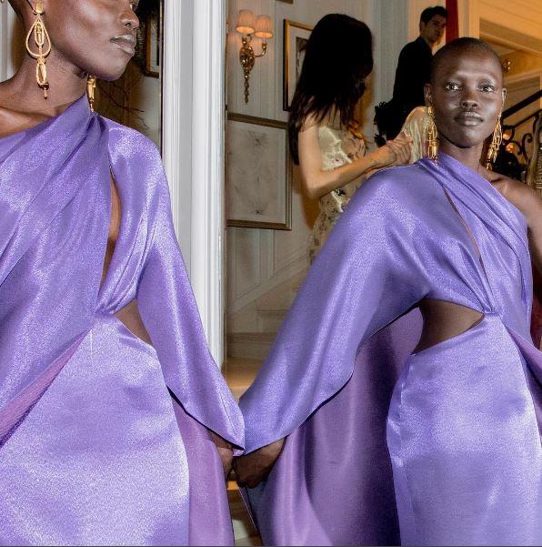 ralph-lauren-fw17-fall-winter-2017-rtw-details-accessories-jewelry-purple-models-dresses