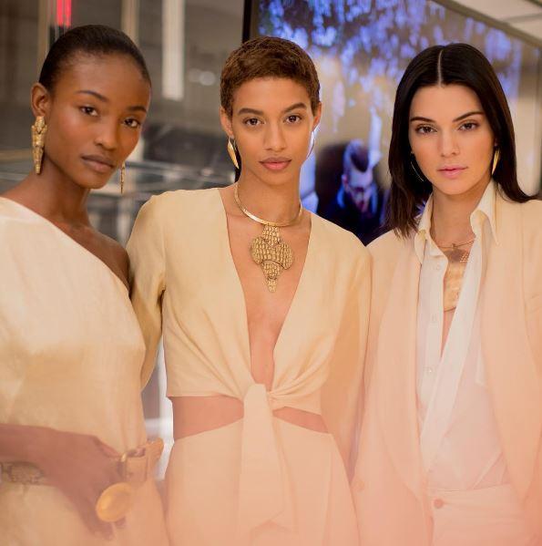 ralph-lauren-fw17-fall-winter-2017-rtw-models-details-makeup-backstage beauty-looks-kendall-jenner