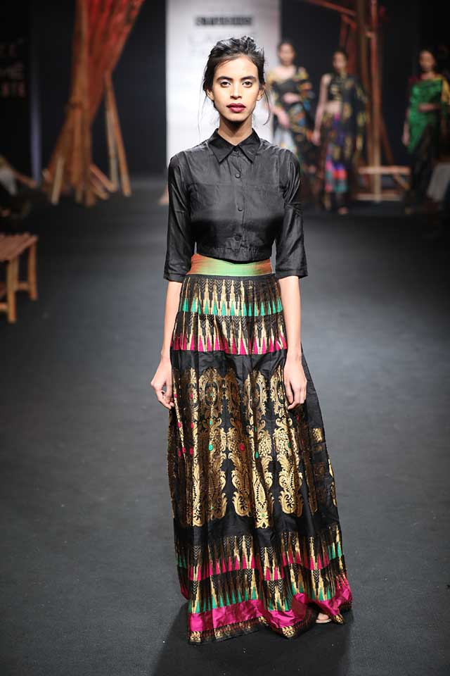 sanjukta-dutta-lfw-sr17-lakme-fashion-week-summer-resort-2017 (3)-sari-skirt-top