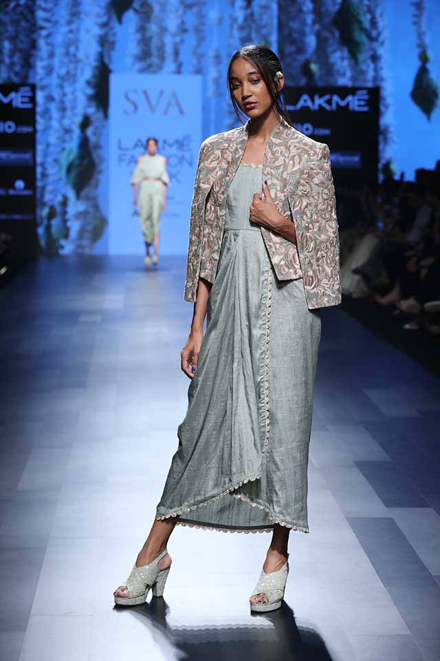 sva-coat-summer-resort-2017-lakme-fashion-week-grey