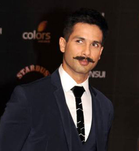 upstyle-hairstyle-for-men-latest-2017-shahid-kapoor-rangoon