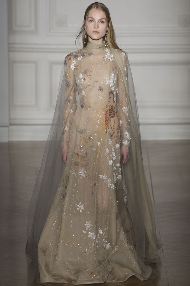valentino-spring-summer-2017-ready-to-wear-collection-cape-style