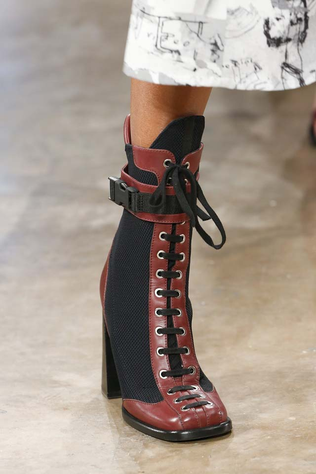 versus-versace-details-accessories-fall-winter-2017-fw17-rtw-collection (154)-burgundy-brown-booties