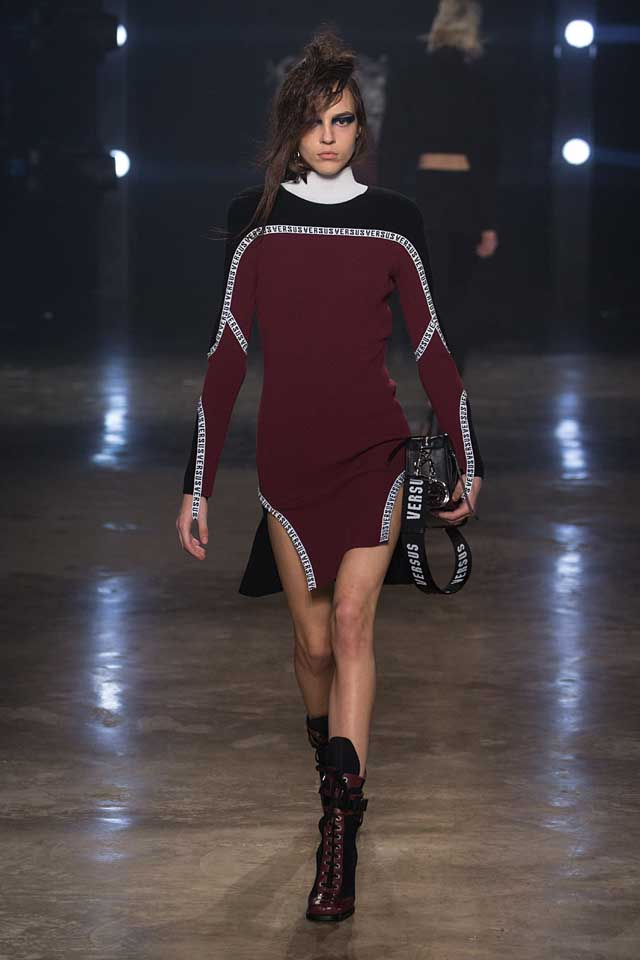 versus-versace-fw17-rtw-fall-winter-2017-collection-outfit (12)-sweater-dress-maroon