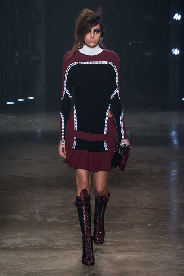 versus-versace-fw17-rtw-fall-winter-2017-collection-outfit (14)-dress-knit