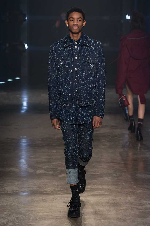 versus-versace-fw17-rtw-fall-winter-2017-collection-outfit (29)-mens-blue