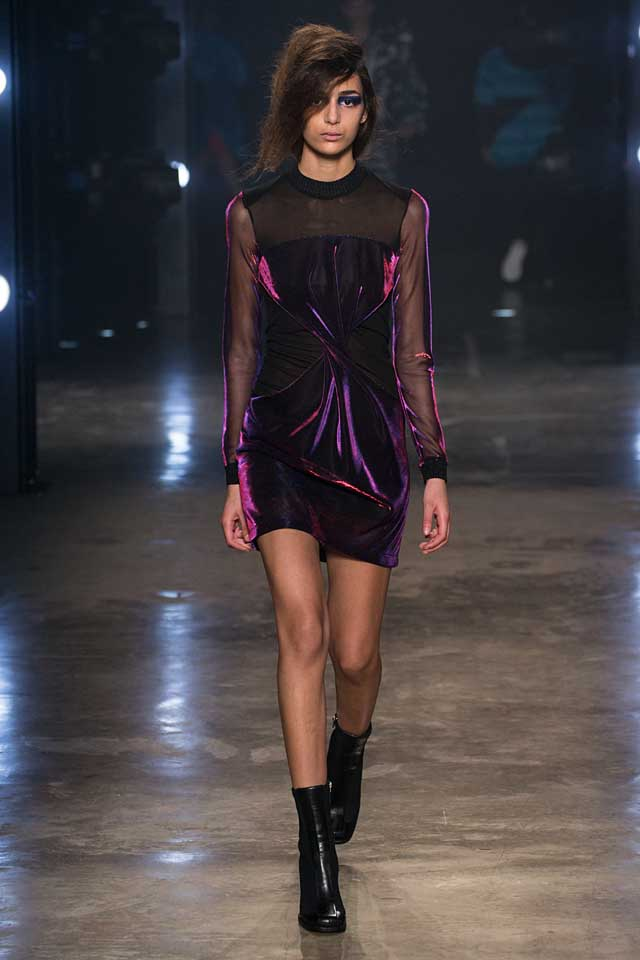 versus-versace-fw17-rtw-fall-winter-2017-collection-outfit (42)-purple-dress