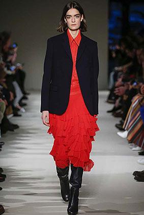 victoria-beckham-fw17-rtw-fall-winter-2017-18-collection-34-red-ruffles-skirt