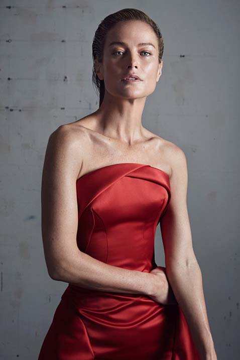 zac-posen-fw17-rtw-fall-winter-2017-18-collection (25)-red-gown-dress