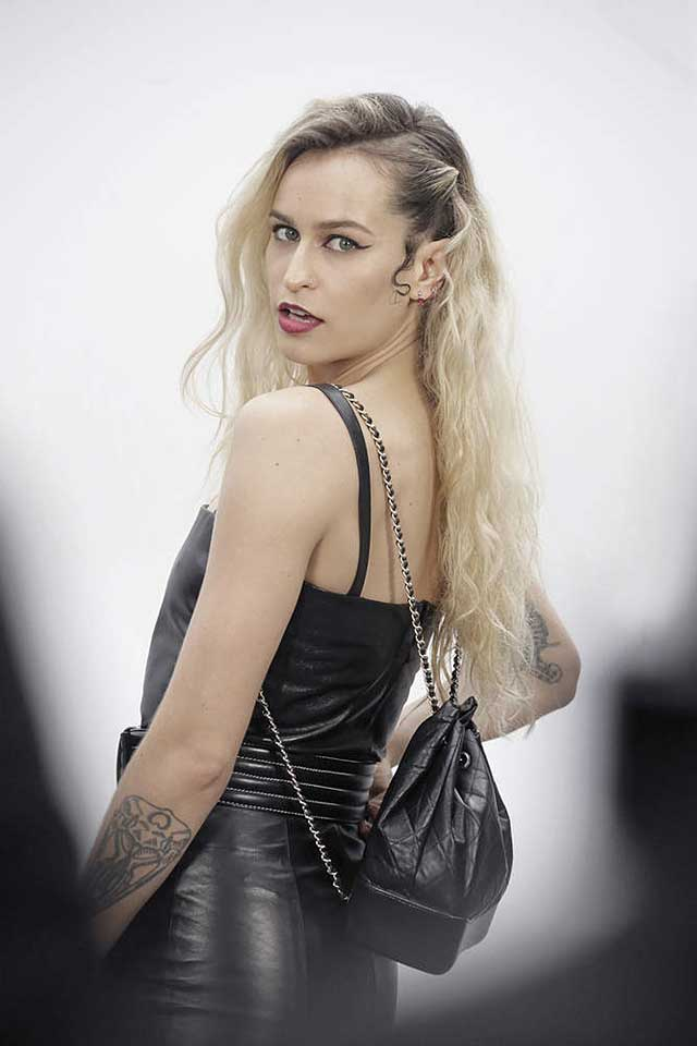 15-Alice Dellal-chanel-fw17-rtw-fall-winter-2017-18-collection-celeb-style