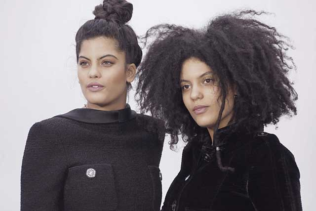 3-Ibeyi Sisters-chanel-fw17-rtw-fall-winter-2017-18-collection-celeb-style