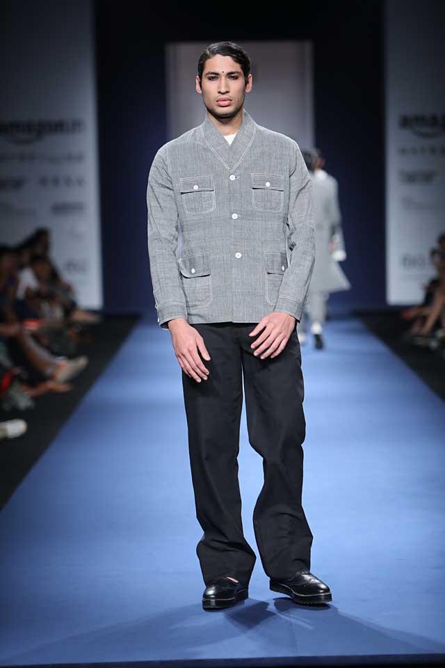 Abraham-Thakore-aifw-2017-fashion-show-designer-indowestern-dresses (2)-shirt-black-trousers