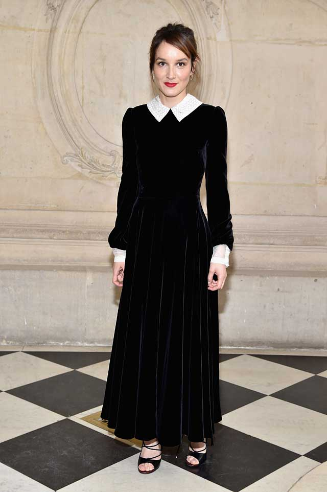 Anais Demoustier-dior-fw17-rtw-fall-winter-2017-celeb-style-velvet-gown-collars-celebrity
