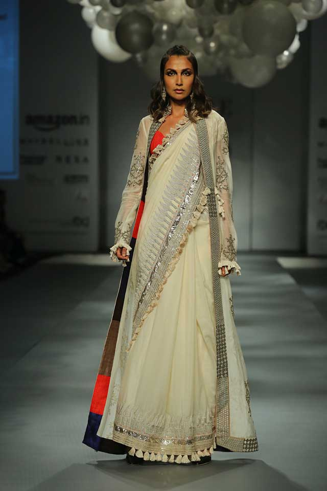 Anamika Khanna-jacket-saree-off-white-amazon-india-autumn-winter-2017-collection-fashion-show