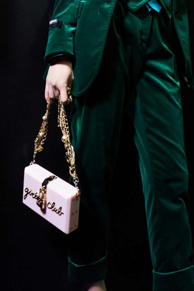 Dolce-gabbana-fall-winter-2017-embellished-bags-box-chain-strap-rtw-latest-trends-in-handbgas
