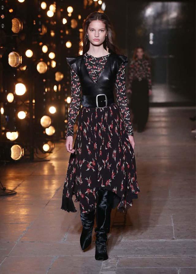Isabel-Marant-fw17-fall-winter-2017 (11)-black-belt-printed-dress-black-knee-high-booties