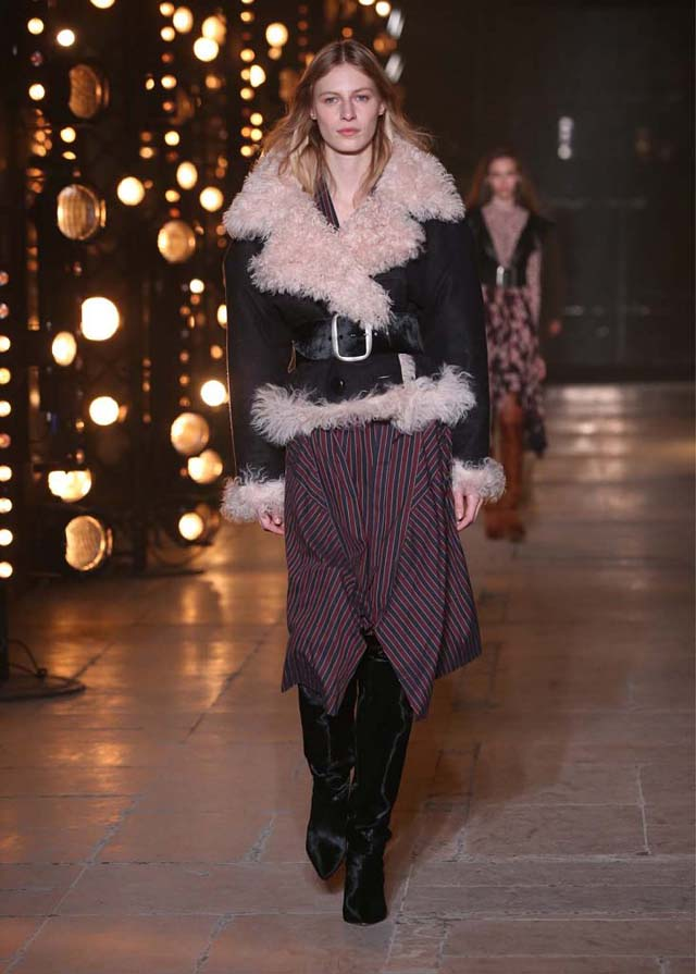 Isabel-Marant-fw17-fall-winter-2017 (17)-fur-collar-belt-black-booties