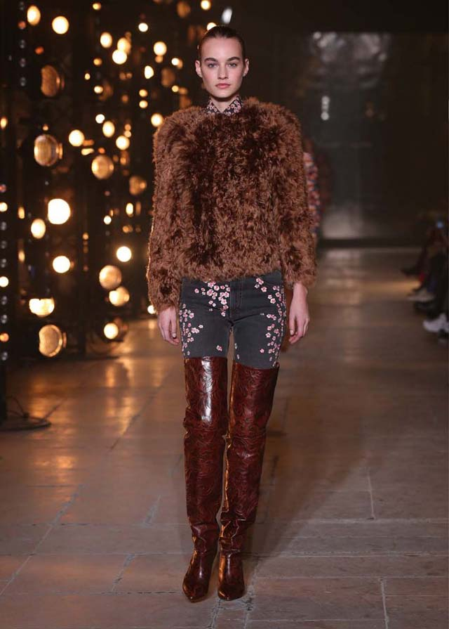 Isabel-Marant-fw17-fall-winter-2017 (22)-fur-top-brown-booties