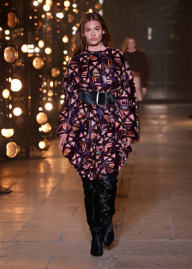 Isabel-Marant-fw17-fall-winter-2017 (24)-printed-dress-black-belt-booties
