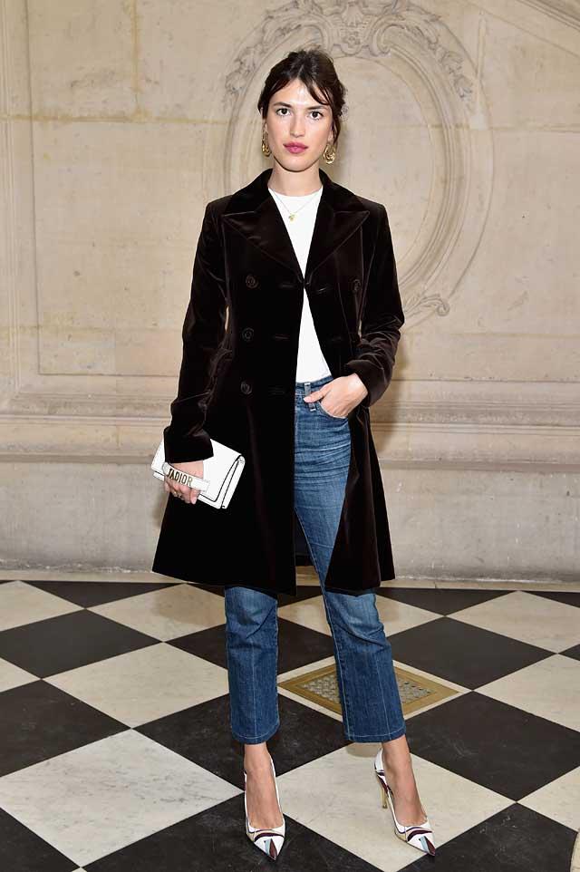 Jeanne-Damas-denim-street-wear-dior-fw17-rtw-fall-winter-2017-celeb-style