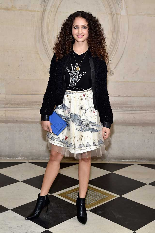 Oulaya-Amamra-dior-fw17-rtw-fall-winter-2017-celeb-style-graphic-printed-skirt-tee-shirt-curly-hair-1