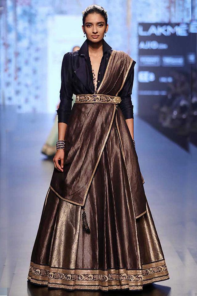 Tarun-Tahiliani-lakme-fashion-week-summer-2017-japanese-inspired-top-indo-western-lehenga-design