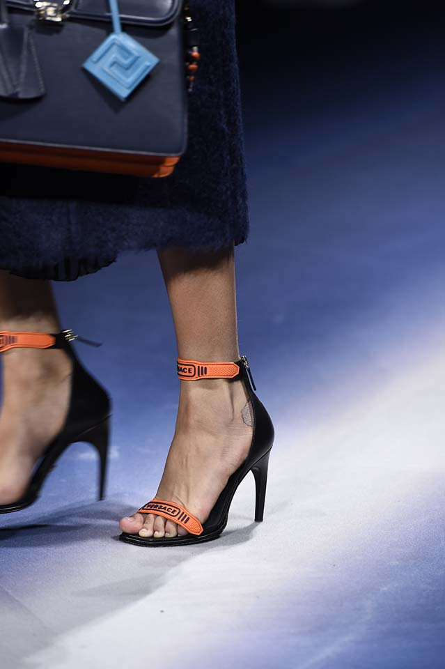Versace-fw17-rtw-fall-winter-2017-18-accessories-details-collection (16)-orange-strap-heels