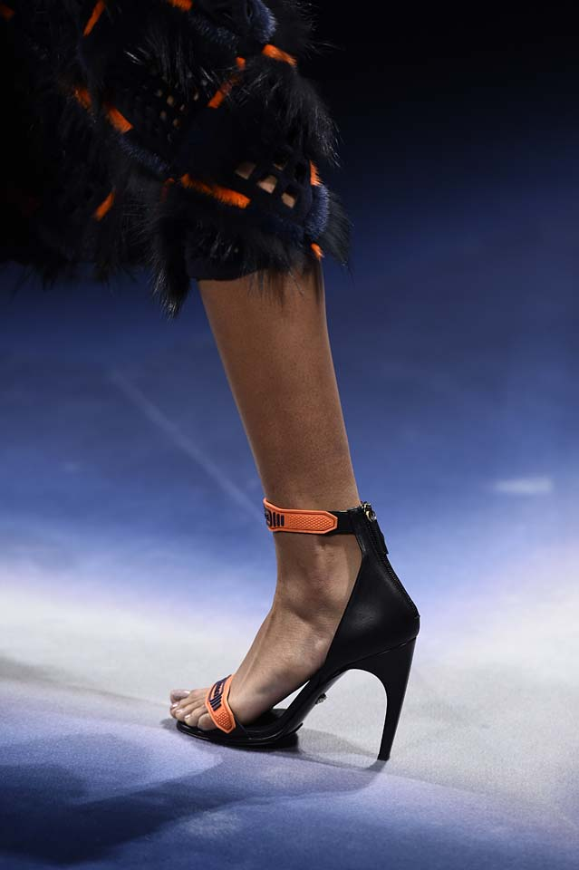 Versace-fw17-rtw-fall-winter-2017-18-accessories-details-collection (18)-heels-orange-strap