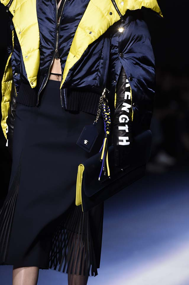 Versace-fw17-rtw-fall-winter-2017-18-accessories-details-collection (46)-quilted-jacket